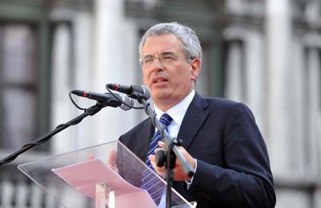 Carlo-Carraro